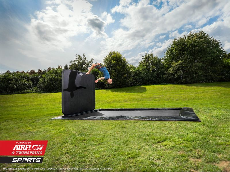 BERG Trampolin Ultim Elite Sports FlatGround 500 Black + AeroWall 2x2