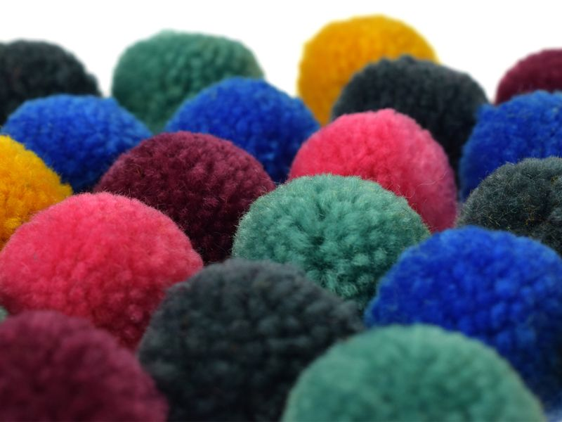 Woll-Pompons Party