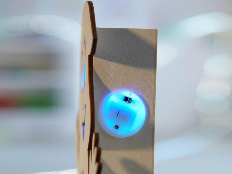 XL Holzdeko »Geist« mit farbigem LED-Licht